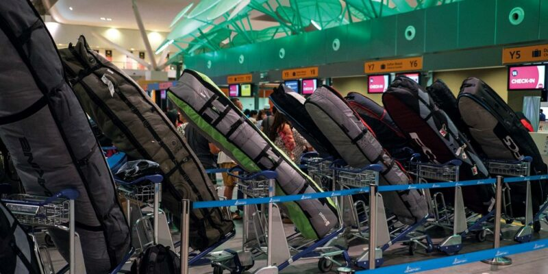 Airline surfboard baggage fees